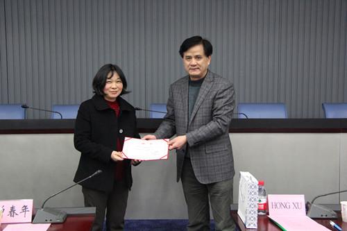 曾校长表示,真诚欢迎两位教授加入武汉理工大学
