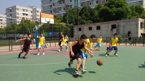 青岛理工大学琴岛学院外篮球场
