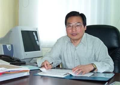 武汉理工大学材料学科首席教授